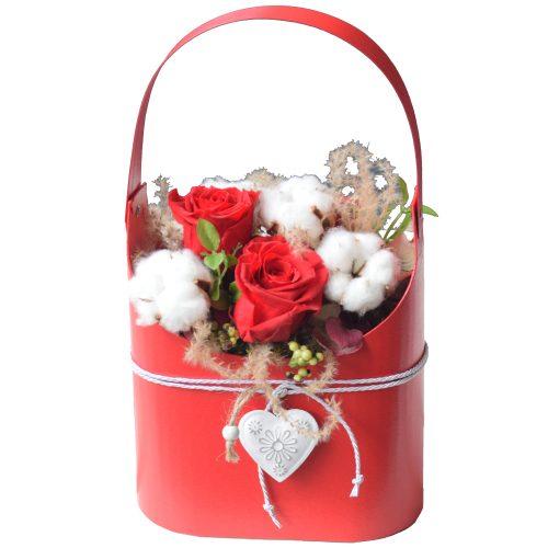 rdeče in bele preparirane vrtnice